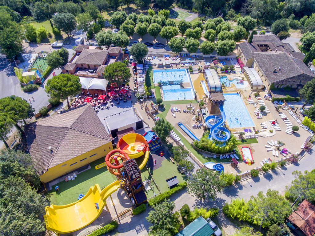 Camping fumades allegre les fumades languedoc roussillon for Camping gorges du tarn avec piscine 4 etoiles