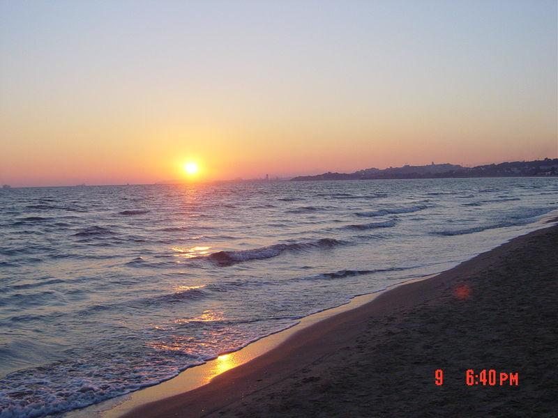 Camping las palmeras en bord de mer tarragona catalogne for Camping en espagne bord de mer avec piscine