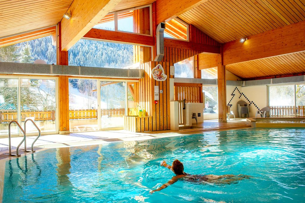 Camping plan du fernuy la clusaz rh ne alpes for Camping savoie avec piscine